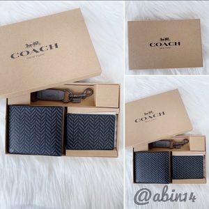 NWT Coach Boxed 3 in 1 Wallet Gift Set